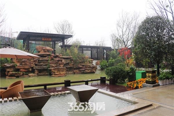 荣盛华府新中式景观示范区实景(2017.11摄)