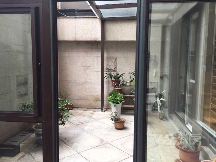 新城金郡超值好房5室2厅1卫 下沉式庭院 高品质阳光房