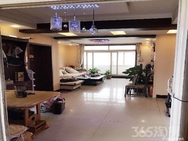 海通骏景2楼3室2厅1卫131�O整租中装带家居