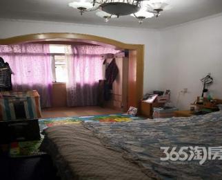 凯旋新村2室1厅1卫58�O整租简装小跃层