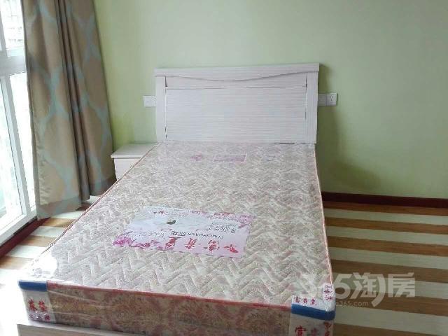 900元、江北区府附近廊桥水岸、精装、带卫生间、免/佣