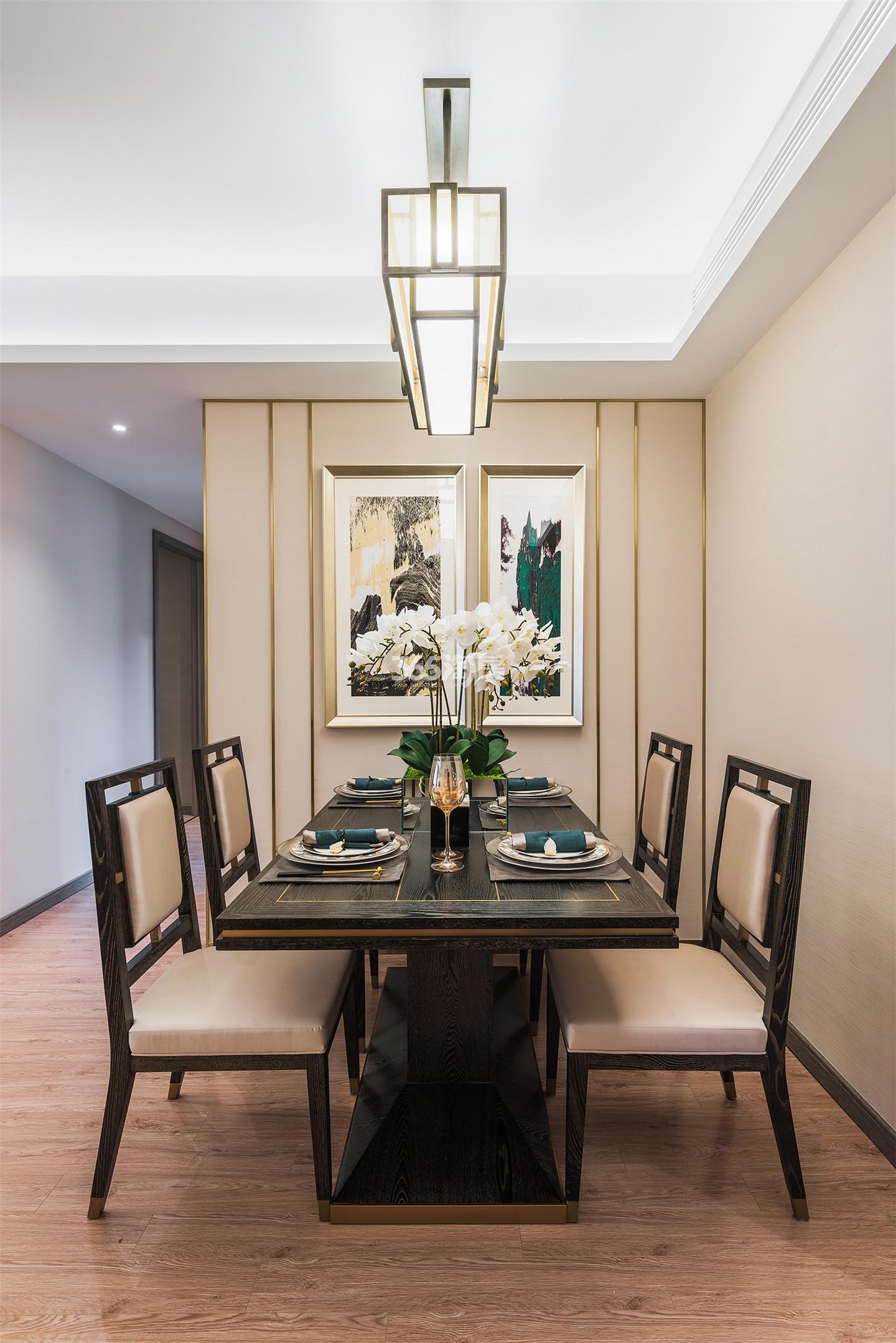 雅居乐御宾府108㎡户型样板间-餐厅