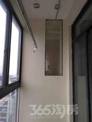 中央城2室2厅1卫92平米整租简装