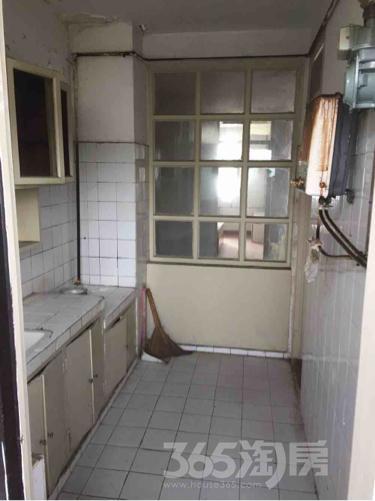 翡翠园3室2厅1卫110平米整租精装