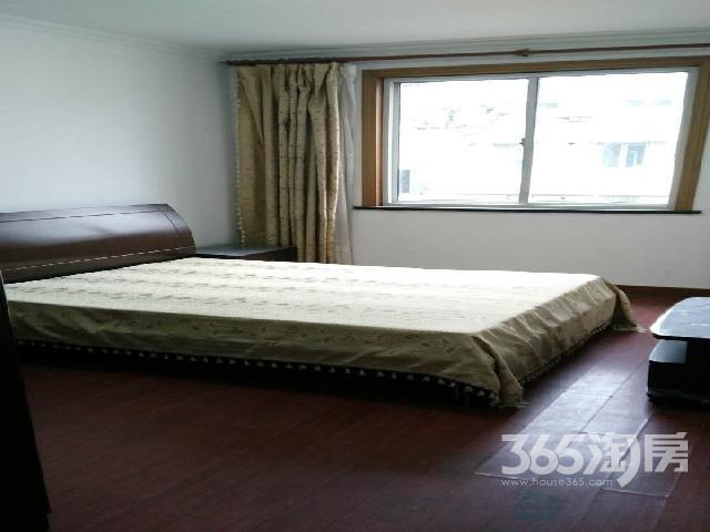 马浜花园3室2厅全新精装满5年独立车库个人出售