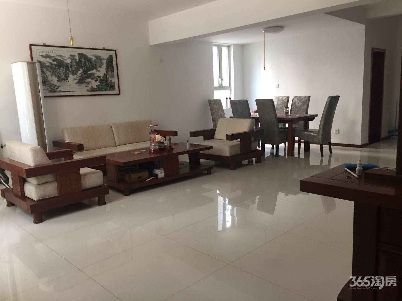 江宁颐和美地东园5室2厅3卫233平方产权房精装