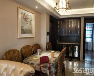 恒盛金陵湾 电梯房 精装两房 首次出租 价格可谈 看房方便