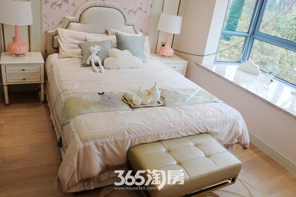 荣盛华府建面约137平样板间-卧室