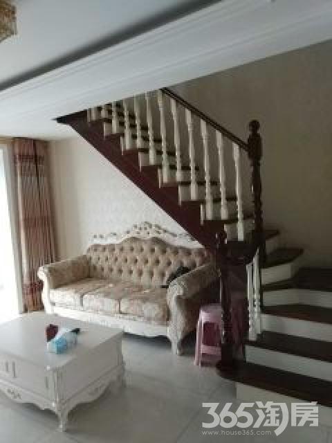 新加坡花园4室3厅3卫190平米整租精装