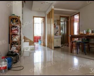 金陵世家4室2厅2卫141平方米498万元