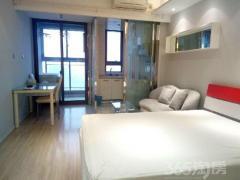 天玺国际广场 万达广场旁 精品单室套 采光好 电梯房 可月