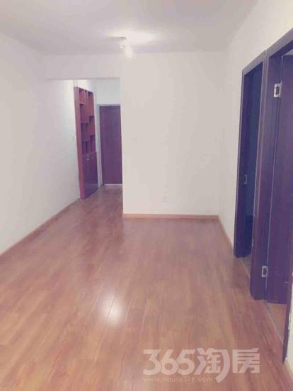 长睦华天苑2室1厅1卫63平米简装产权房2013年建满五年