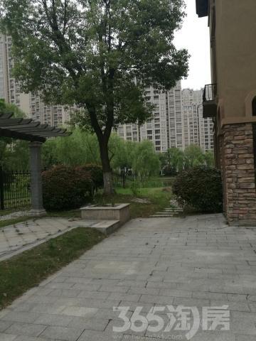 【送大面积地下车库和大面积地下室联排别墅上海别墅轰趴青浦图片
