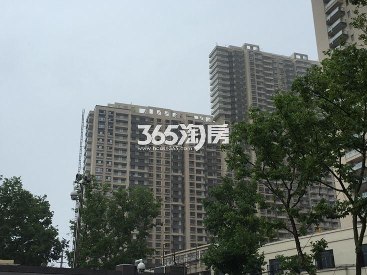 世茂外滩新城项目实景图(07.06)