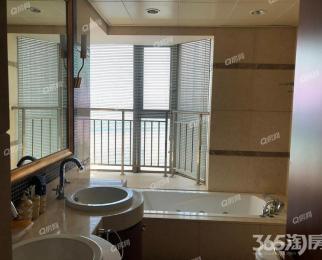 世茂一期 一线江景 全明通透 得房率高 精装四房 户型方正 诚售