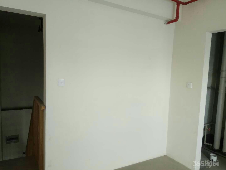 临近1号地铁天誉花园90平(商住楼)整租毛坯