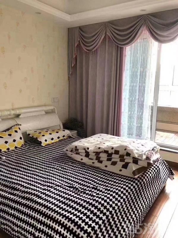 康桥名城2室2厅1卫96�O2013年产权房豪华装