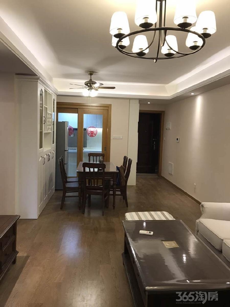 蓝光天悦城3室2厅2卫107平米整租精装