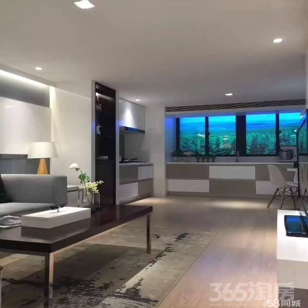 万科蓝山3室2厅1卫105�O2015年满两年产权房精装