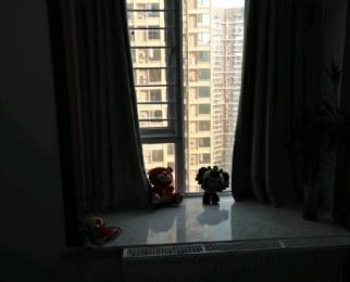 楼层好,视野广,九洲跃进路19582室2厅1卫0阳台!