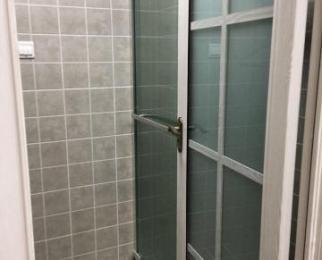 华强广场单身公寓6/27,50平米1-1精装全设1700元/月