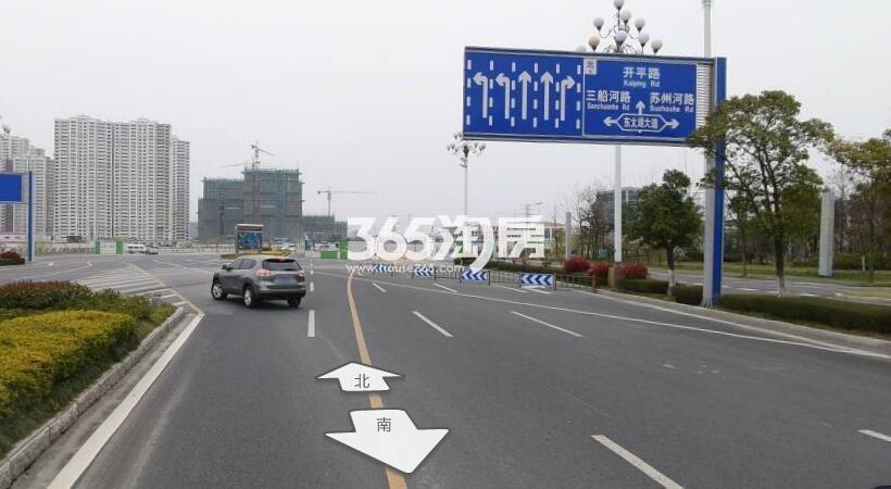 绿地晶萃交通图