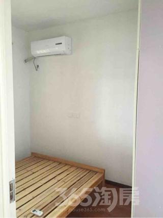 华邦新华城2室2厅1卫80平米整租中装