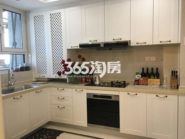 无锡瑷颐湾约143平D1户型样板间厨房