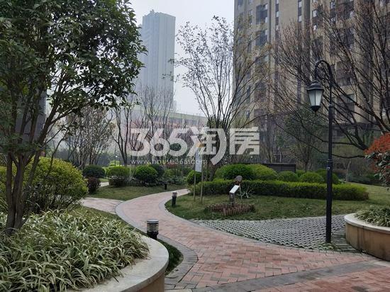 华远海蓝城小区内部实景图(2018.3.21)