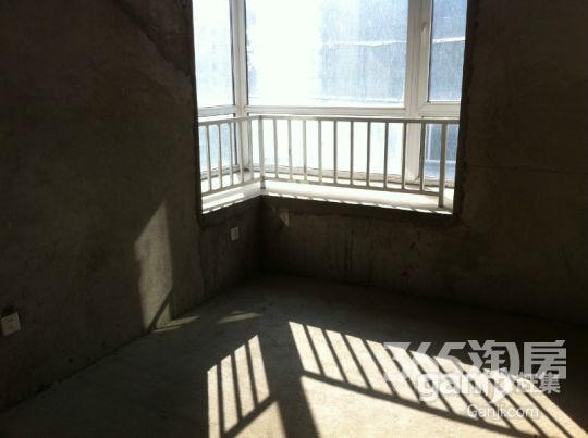 中新浐灞半岛2室2厅1卫90㎡整租毛坯
