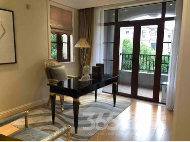 百大花园3室2厅2卫92平米毛坯产权房2011年建满五年