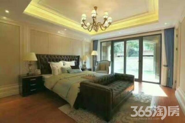 香堤春晓3室2厅1卫110平米2012年产权房毛坯