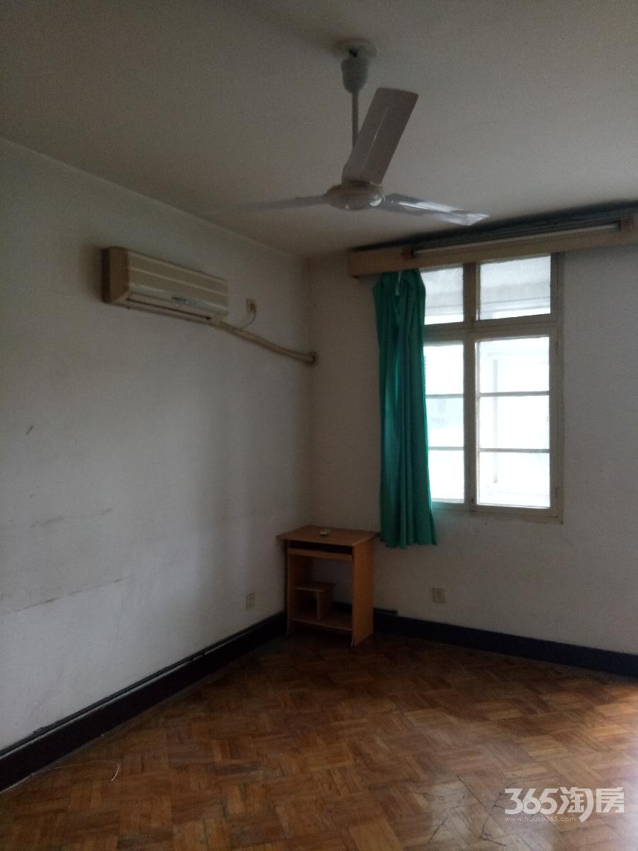 中学新村2室1厅1卫58平方产权房简装