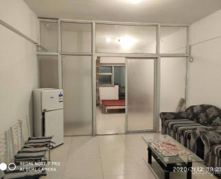 瑞升自由舱1室1厅1卫62.00�O简装因房东较忙特低价出
