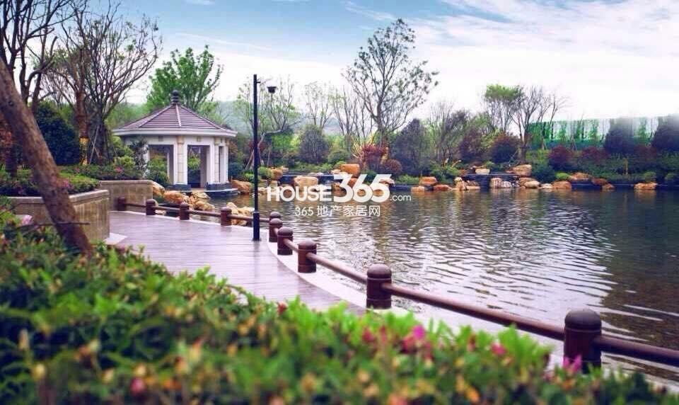 银亿东城春季景观实景图(4.1)