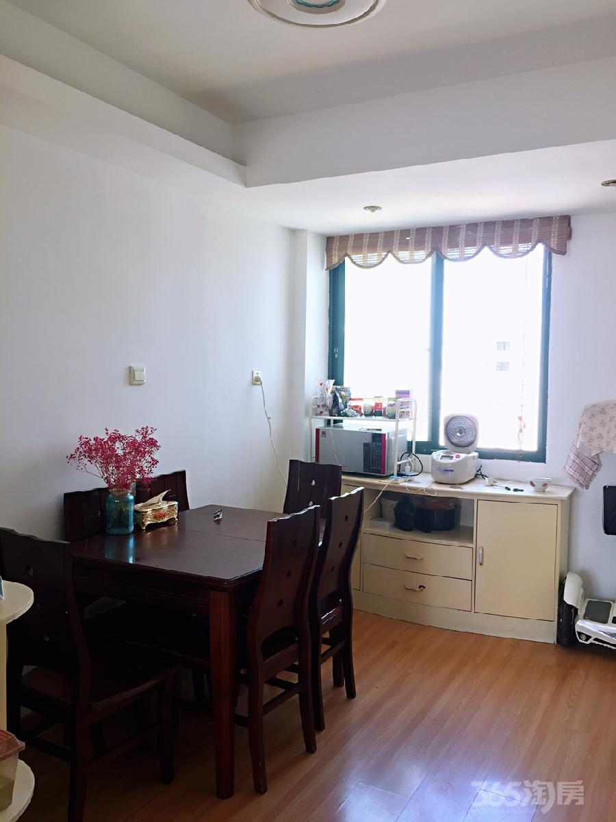 世纪家园3室2厅1卫116平米精装产权房2004年建