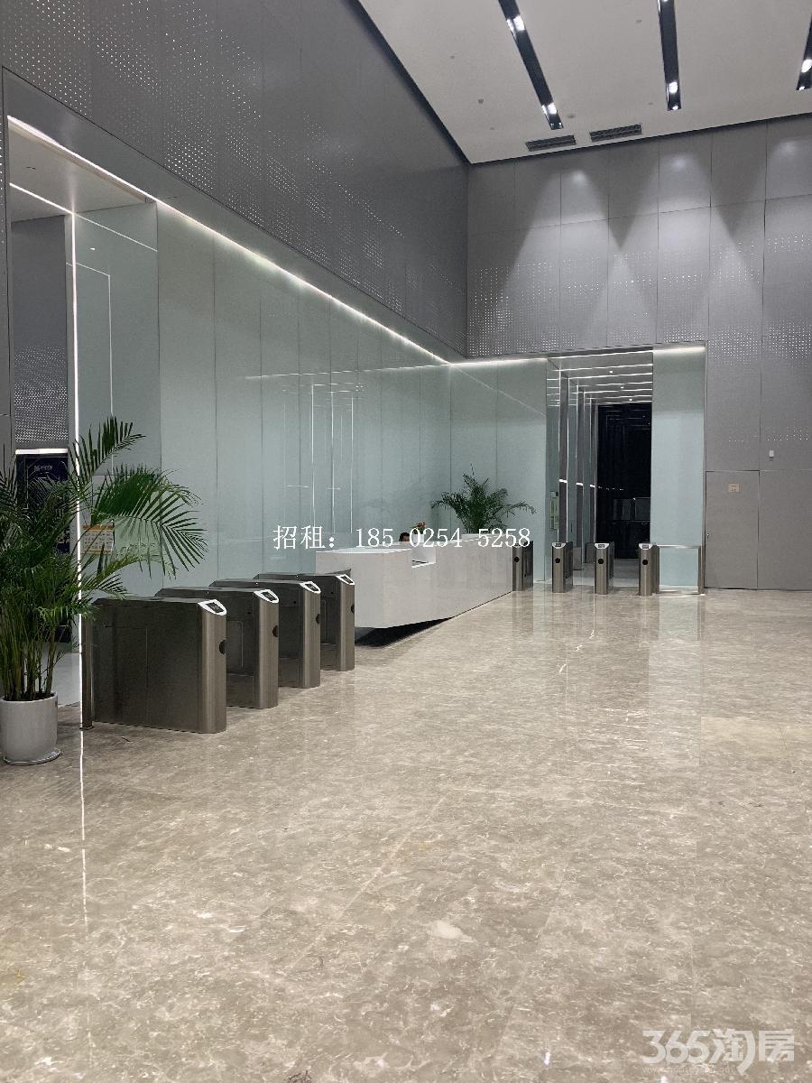 雨花台区南京南站绿地之窗南广场800.00㎡精装0室0厅