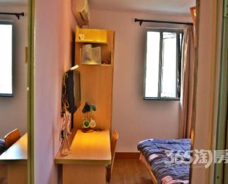 窝趣公寓1室0厅1卫15�O整租精装独立卫浴非中介