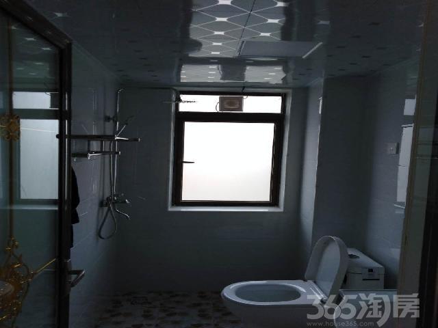 阳光海岸四期3室2厅2卫93�O整租精装