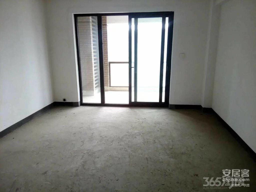 御城3室2厅2卫134平米毛坯产权房2017年建