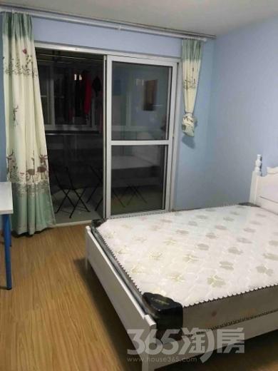 东城水岸4室2厅2卫175平米毛坯产权房2007年建