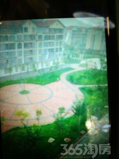 瑞鑫花园4室2厅2卫140.00�O2014年满两年产权房毛坯