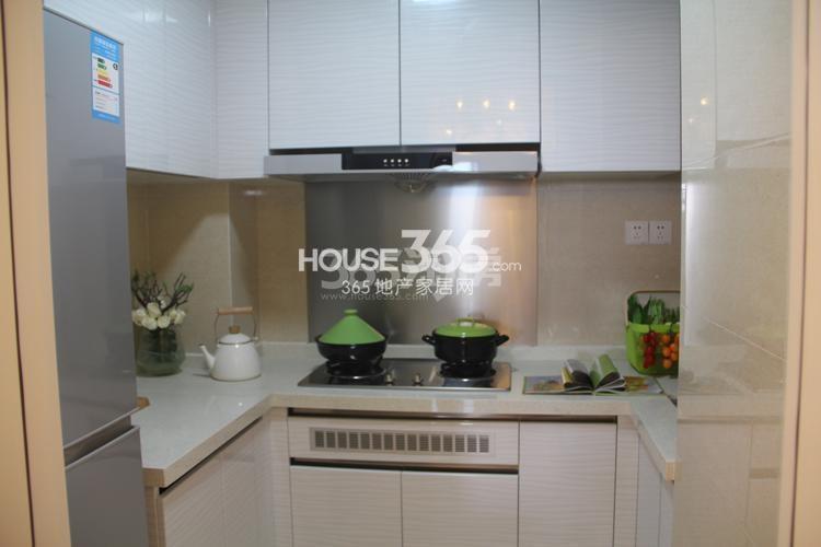 雅居乐国际花园D2户型89方样板房——厨房