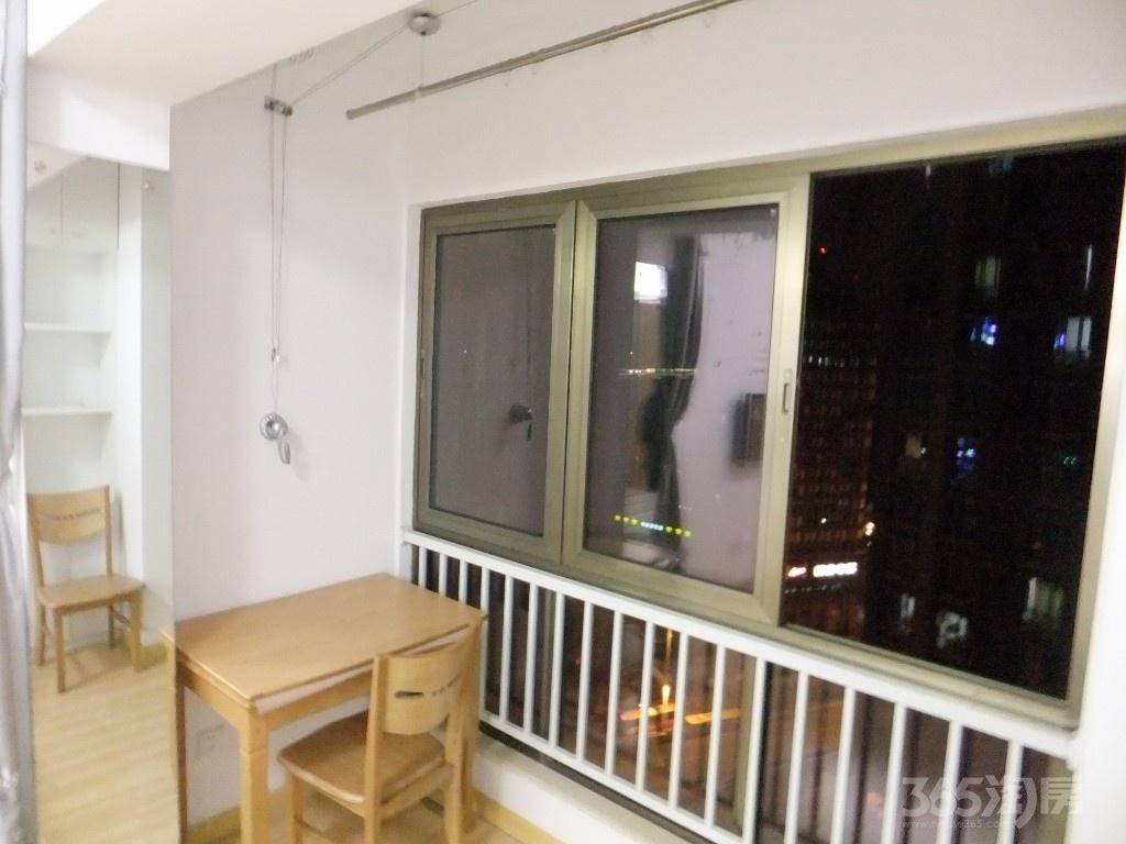 鼓楼区大桥南路中海凯旋门33.24㎡精装1室0厅