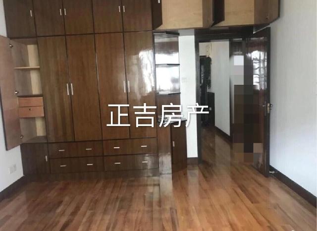 铁佛花园 多层03年房,高装全设 中间楼层 74.73平有储藏室11平