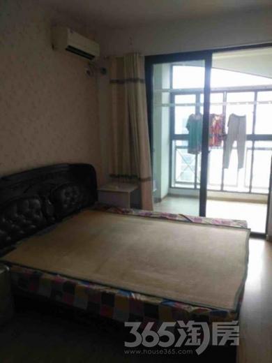 康博花园3室2厅2卫25平米合租精装