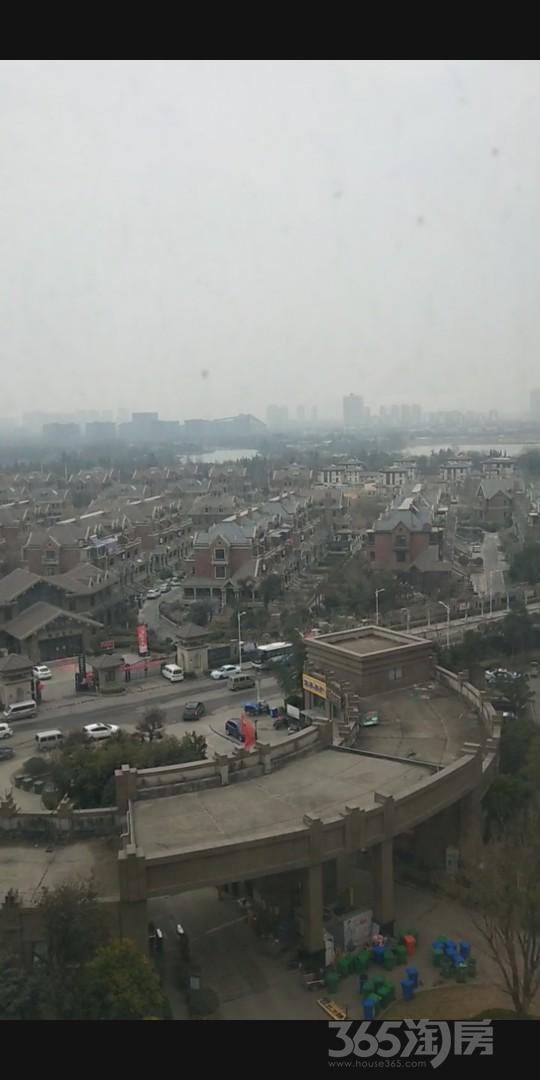 中茵龙湖国际家苑2室2厅1卫91平米2012年产权房毛坯
