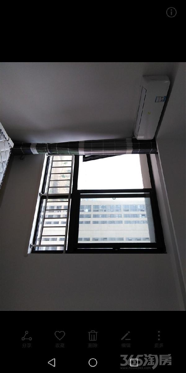 绿地中央广场1室1厅1卫36平米整租精装