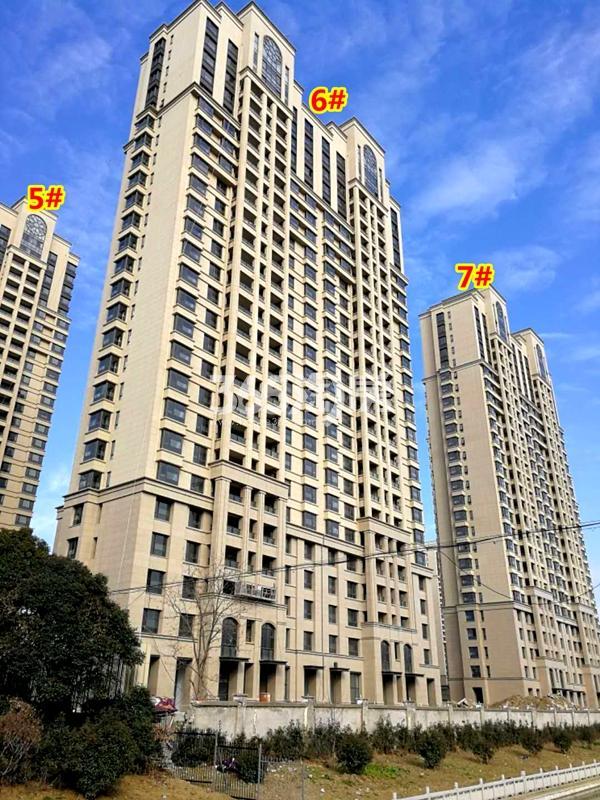 蠡湖瑞仕花园二期5#、6#、7#楼工程进度实景图(2018.1摄)