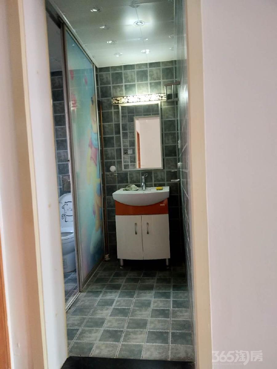 雍景园2室 2厅 1卫89平方米1600元/月